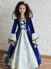 Принцеса в синьому